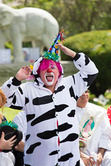 showmens rest. august 2016 (timp37) Tags: showmens rest august 2016 illinois summer clown pickles forest park woodlawn cemetary