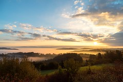 Sunrise (Gr@vity) Tags: herbst sunrise sonnenaufgang fall autumn fog nebel sony a7s neubürg fränkischeschweiz