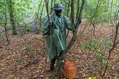 5DA07447_Gummimantel_gruen_kl (helani44) Tags: gummimantel gummistielel outdoor gummicape gummhandschuhe regenmantel gummihut regenhut