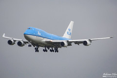 KLM --- Boeing 747-400 --- PH-BFE (Drinu C) Tags: adrianciliaphotography sony dsc hx100v ams eham plane aircraft aviation 747 klm boeing 747400 phbfe