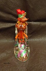 Jaq and Gus Slipper Ornament (Lena Who) Tags: christmas suspension disney ornament cinderella figurine gus nol slipper jaq chaussure cendrillon pantoufle