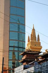 Jing'an Temple   (Silvia Sala) Tags: china trip travel travelling tourism modern temple golden reflex asia shanghai buddha religion chinese buddhism metropolis   tradition modernity chinesestyle jingantemple