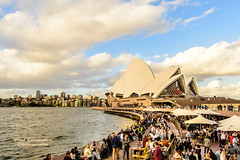 Opera House in Early Evening, Sydney, New South Wales, Australia (D200-PAUL -- Off for the Weekend) Tags: sydney australia circularquay unescoworldheritagesite unesco worldheritagesite newsouthwales jornutzon sydneyharbor royalbotanicgardens sydneyoperahouse jørnutzon sydneyharborbridge sydneytheatrecompany operahousesydney operaaustralia sydneysymphonyorchestra josephcahill theaustralianballet utzonjørn utzonjorn cahilljoseph