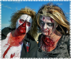 Wind in hair BFF Zombies AP 14 (Liliane77) Tags: asburypark zombiewalk asburyparkzombiewalk asburyparkzombiewalk2014