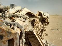 2014-11-06 14.23.01 (felipefonseca) Tags: trip junk tires fieldtrip lixo qatar craftsmen gambiarra vcuq repairmen mfavcuq