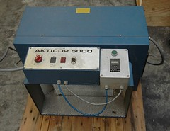 Technigraf Aktikop 5000 (Kitmondo.com) Tags: colour industry electric ink work print switch photo industrial factory technology tech printer working machine equipment machinery printing button labour kit electronic switches redbutton technigraf