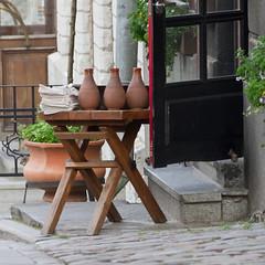 Vaade kannudega (Seerin Kama) Tags: street tallinn oldtown