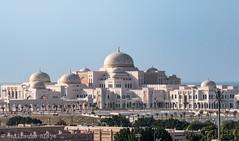 Presidential Palace (Darth Jipsu) Tags: abu dhabi uae arabian peninsula presidential palace palais prsidentiel blanc dme