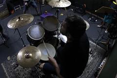 caos no Studio (Brdiegues-) Tags: amigos canon ao fisheye porto hardcore punks guitarras ferreira toxica