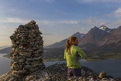 IMG_4978 (Vebjrn Ribe) Tags: girl mountain sun midnightsun summer troms norway northernnorway green fjord peak sky review