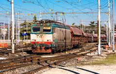 652 103 (atropo8) Tags: 652103 trenitalia cargo train treno zug merci freight verona veneto italy nikon d810