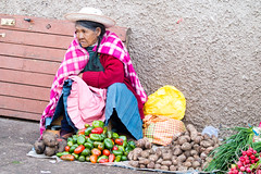 Cuzco's street seller / vendeuse de rue de Cuzco (geolis06) Tags: geolis06 prou peru 2016 amriquedusud southamerica cuzco portrait indien indian olympusem5 olympussouth americacuzcoportraitindienindianmarketmarchstreet captureomed 75300mm f4867 ii