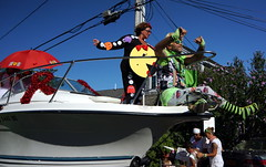 Carnival Parade, Provincetown MA (Boston Runner) Tags: carnival parade backtothe80s 2016 provincetown massachusetts costume ptown boat mspacman redribbon