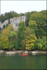 autumn in the gorge (mhobl) Tags: donaudurchbruch donau flus fleuve river red boat paddelboot kanu kelheim