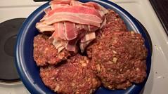 WP_20161020_01_53_42_Rich (hile) Tags: beefburgers rawmeat bacon pekoni burgers naudanliha mincedmeat jauheliha helsinki finland malmi ylmalmi onion
