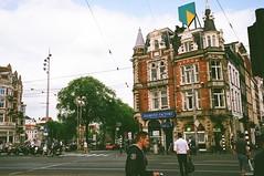 49760005 (edendenden13) Tags: contaxg1 carlzeiss contaxg35 amsterdam street film fujixtra400
