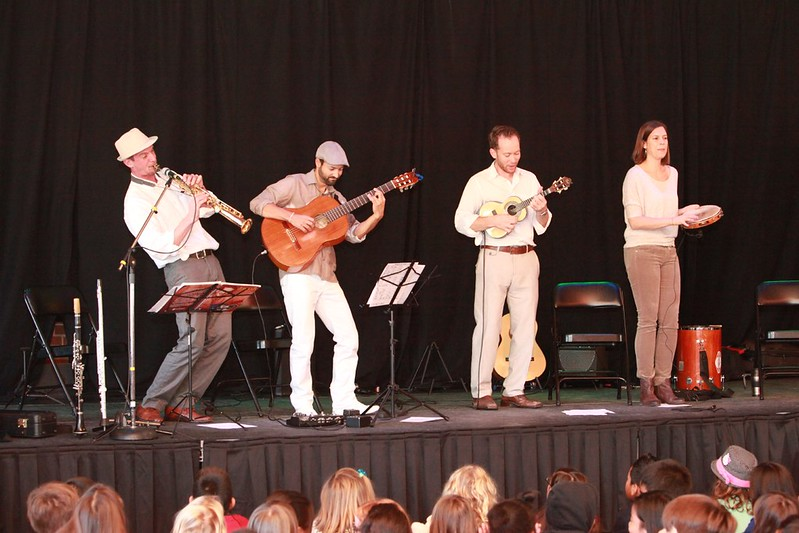 Performance Art and Learning Program (PAL) - Grupo Falso Baiano