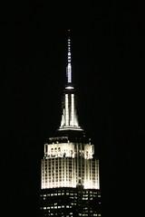Signature ESB (apardavila) Tags: nyc newyorkcity skyline skyscraper manhattan empirestatebuilding hoboken
