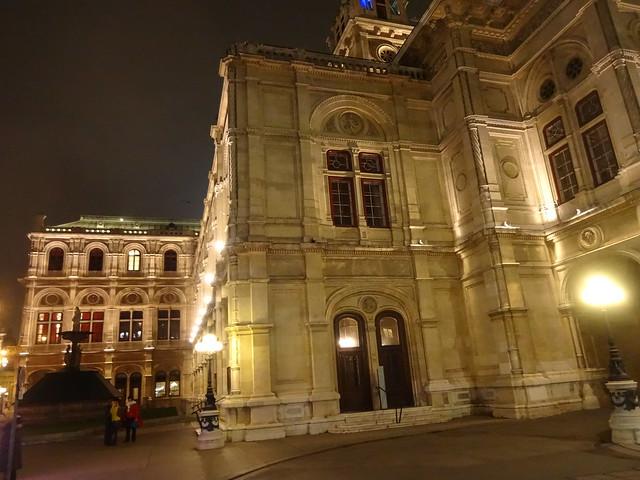 Wien, 1. Bezirk (el arte de los edificios más históricos de Viena), Wiener Staatsoper, Ópera Estatal de Viena, Lopéra d'État de Vienne, Vienna State Opera, Opera Wiedeńska (Opernring/Operngasse)