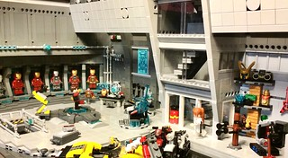 Final version - LEGO Tony Stark's Workshop/Malibu Mansion