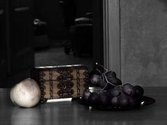 Still life /by Sophian (CresoArt) Tags: life black apple still nikon hole chest pussy grapes coolpix photopraphy sophian l820 cresoart