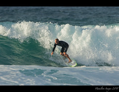 Pipeline Surfer (Hamilton Images) Tags: beach canon hawaii surf waves oahu famous january surfing northshore surfers 500mm banzaipipeline ehukaibeachpark 2015 14xteleconverter img0993 7dmarkii