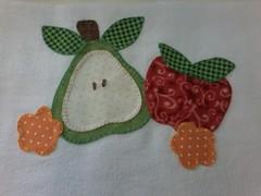 """20150223_142616 (""""ARTEIRICES"""" By R IANGUAS) Tags: frutas de patchwork morango copa panos cozinha cereja maa pera apliqu futas panosdepratos"""