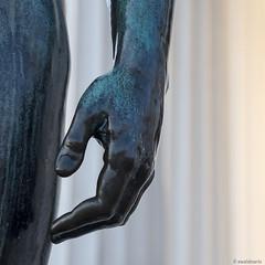 theseus ... (ewaldmario) Tags: vienna wien detail art statue architecture composition square temple nikon dof hand columns highlights tele tempel d800 sulen theseus volksgarten theseustempel ewaldmario ewaldmariocom