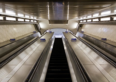 London_20150920_7663 (Joseph Pearson Images) Tags: building london station architecture stairs underground escalator steps southwark tfl