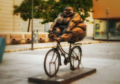 chubby woman (try...error) Tags: wien vienna xu hongfei chubbywomen statue street museumsquartier art kunst pretty bike women sculpture bicycle woman