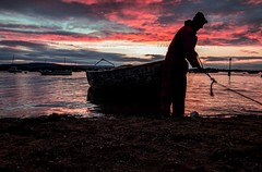 Fisherman (achrefghanmi406) Tags: man boats tokina devon exmouth exmouthdevon sky sea sand landscape nature sunrise sillouette sunset canon fishing sesside