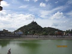 IMG_2008 (velang) Tags: thirukalukundram sangutheertha kulam