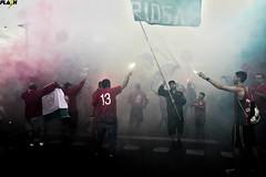 E o Futebol Respira mais uma Vez (FlashNaArquibancada) Tags: futebol portuguesa santista ao ar livre pirotecnia pyro ultras arquibancada torcida festa