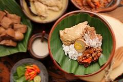 Gudeg Jogja (Miel Photopgraphy) Tags: gudeg jackfruit stew spicy cattleskin crackers redbean sambalgorengkrecek chicken whitecurry oporayam jogjakarta java indonesia batik