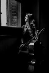 Musica  (Enricodot ) Tags: enricodot bn bw blackandwhite portrait portraits spaziolab leica people reflection