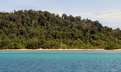 IMG_6990oa (www.linvoyage.com) Tags: lipe butang thailand island sea relax        yacht