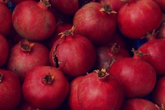 Red pomegranates (hamuryen) Tags: pmegranate bahar meyve krmz nar outdoor glyaz bursa turkey fruit spring red
