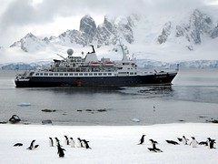 Sea Adventurer (D-Stanley) Tags: cruise ship antarcticpeninsula seaadventurer rongeisland
