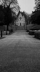 The south chapel (Postbox Destroyer) Tags: blackandwhite bw london canon eos chapel dslr canonites