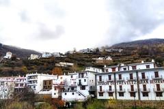 Trevelez -  Alpujarras DSC02442.jpg (Chris Belsten) Tags: winter mountains spain andalucia sierranevada trevelez jamon alpujarras mulhacen lasalpujarras