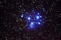M45 The Pleiades - 08-02-2015 - 30x120s - Equinox 66 - Nikon D3100 - SmartEQ CC2014 GB NR (Ed Gibbs) Tags: field nikon 66 m45 pro equinox pleiades the flattener d3100 smarteq