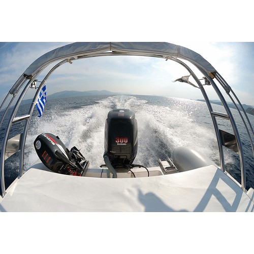 Good afternoon and start your week with high endurance! #cruise #greece #sea #engine #Suzuki #boat