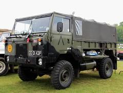 ODD 143P (Nivek.Old.Gold) Tags: army control rover 101 land 1976 forward softtop 3528cc