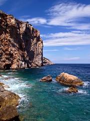L'Estartit (Martijn Pouw) Tags: water rots spain meditarrean spanje espana estartit escala gerona barcelona catalonie mountain sea mer meer see coast wild