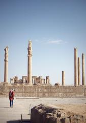 Persepolis - Iran (Ibontxo) Tags: travel traveling middleeast iran shiraz persepolis archeology ruins girl history olympus em5 zuiko 1250