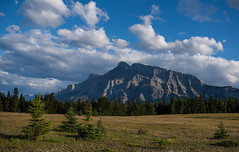Mt Rundle S  east view (Robert Ron Grove 2) Tags: rundle mountain banff canada robertgrove
