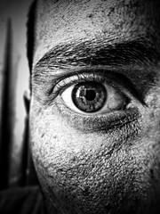 SELFIE (giova_ciu) Tags: selfie autoscatto italia ritratto portrai occhio eye luce black white
