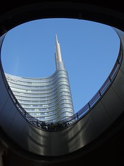 MILANO - Piazza Gae Aulenti (cannuccia) Tags: landscape milano paesaggi lombardia grattacieli thebestofday gününeniyisi dragondaggeraward virgiliocompany maggio2016challengewinnercontest
