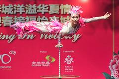 CNY 2015 - 078 (jasonlcs2008) Tags: china new girls red woman man men girl beautiful nice women singapore asia pretty chinatown stage year chinese performance chinesenewyear cny acrobat lunar lunarnewyear asean vivo lny 2015 vivocity hongpao jasonlcs