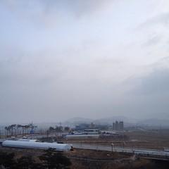Morning Sky 2015/03/01 (Neoadam()) Tags: morning sky cloud square korea squareformat morningsky iphone    gunsan    iphonephoto  iphoneography   instagramapp uploaded:by=instagram gunsansi everydaymorningsky koreamorningsky